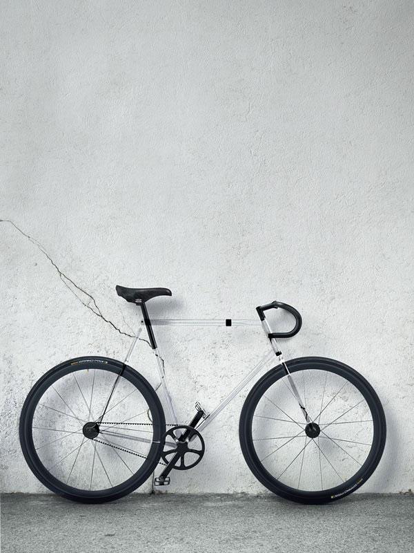 Clarity bike la bici transparante for Bici pininfarina peso