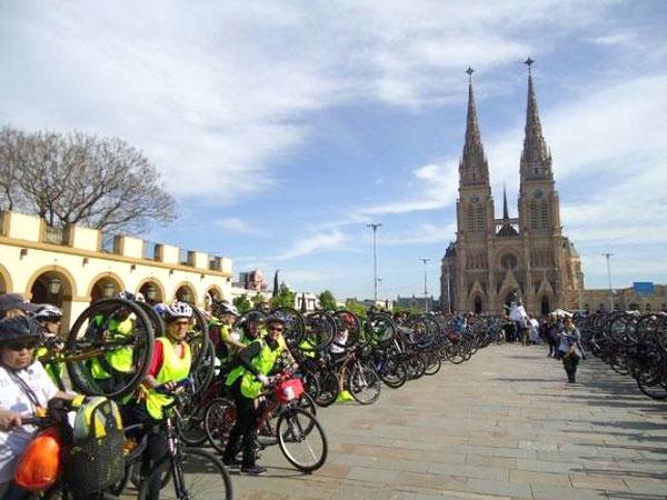 30-bicicleteada-lujan-desde-berazategui