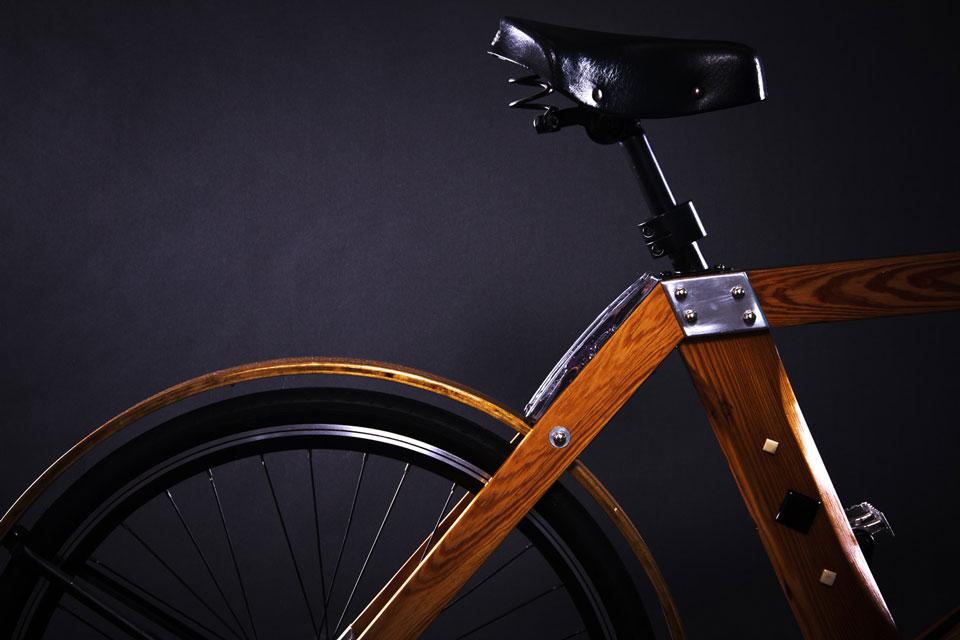 Bicicleta-de-madera-Flocco-2--foto-Julian-Carrara