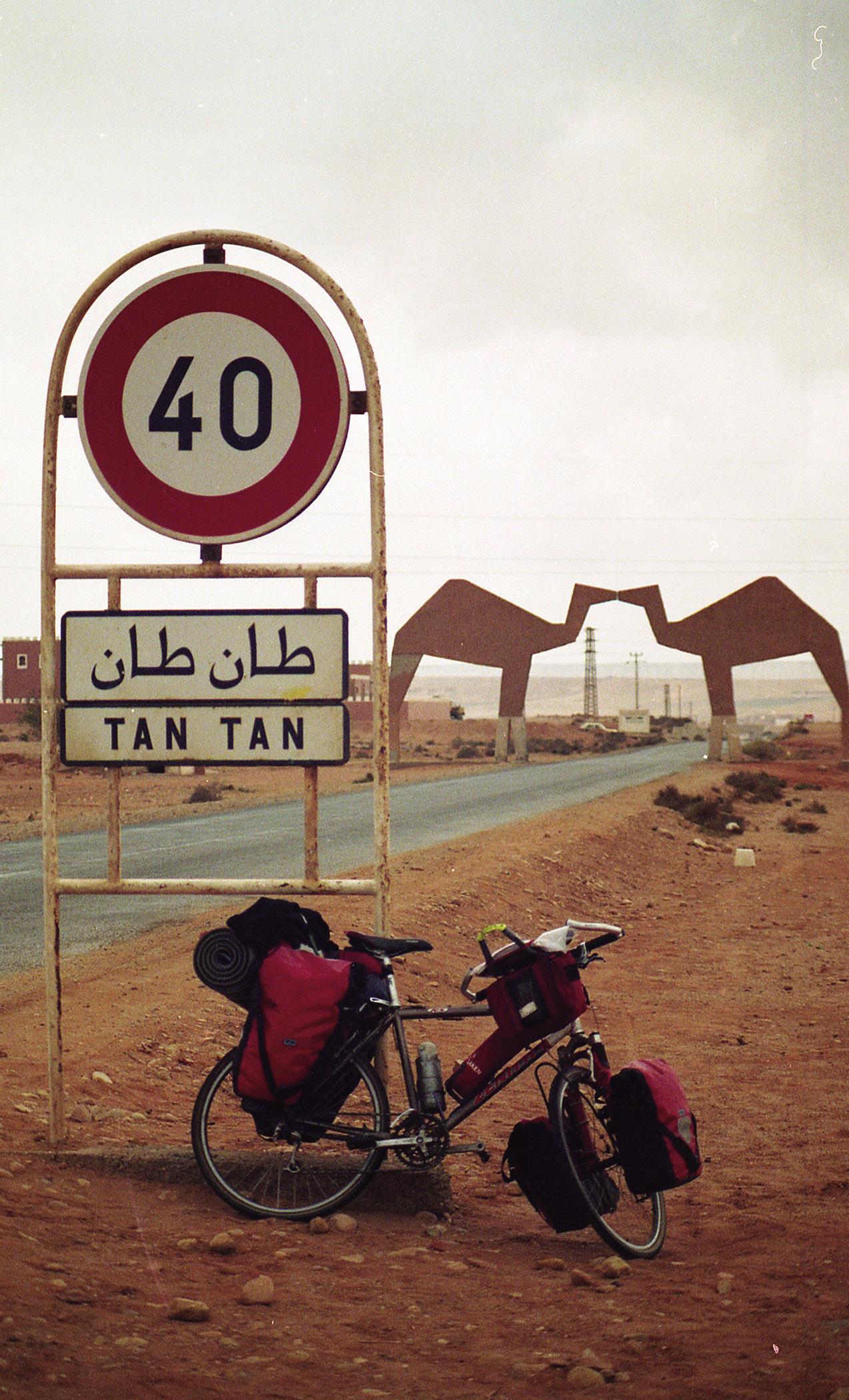 Sahara.-Marruecosb